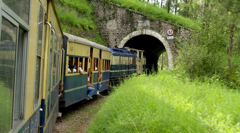 Make Your Journey Easy By Train from Patna to Delhi